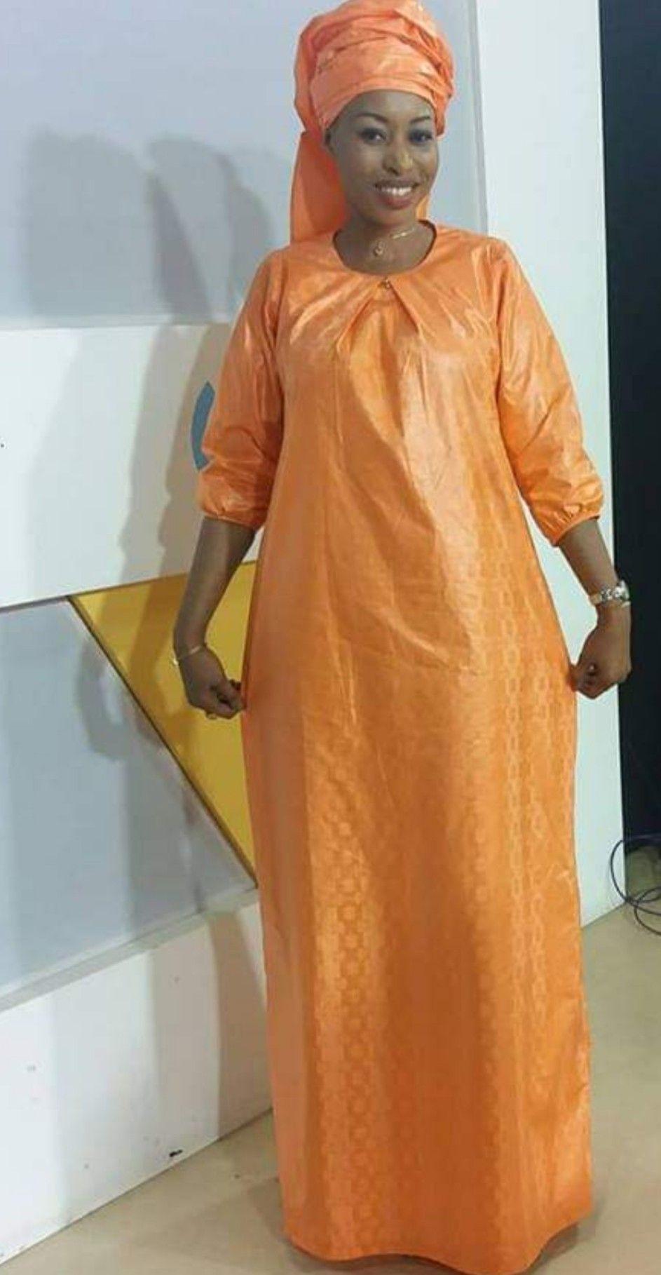 robe bazin simple | Mode africaine robe longue, Mode africaine robe, Robe africaine tendance