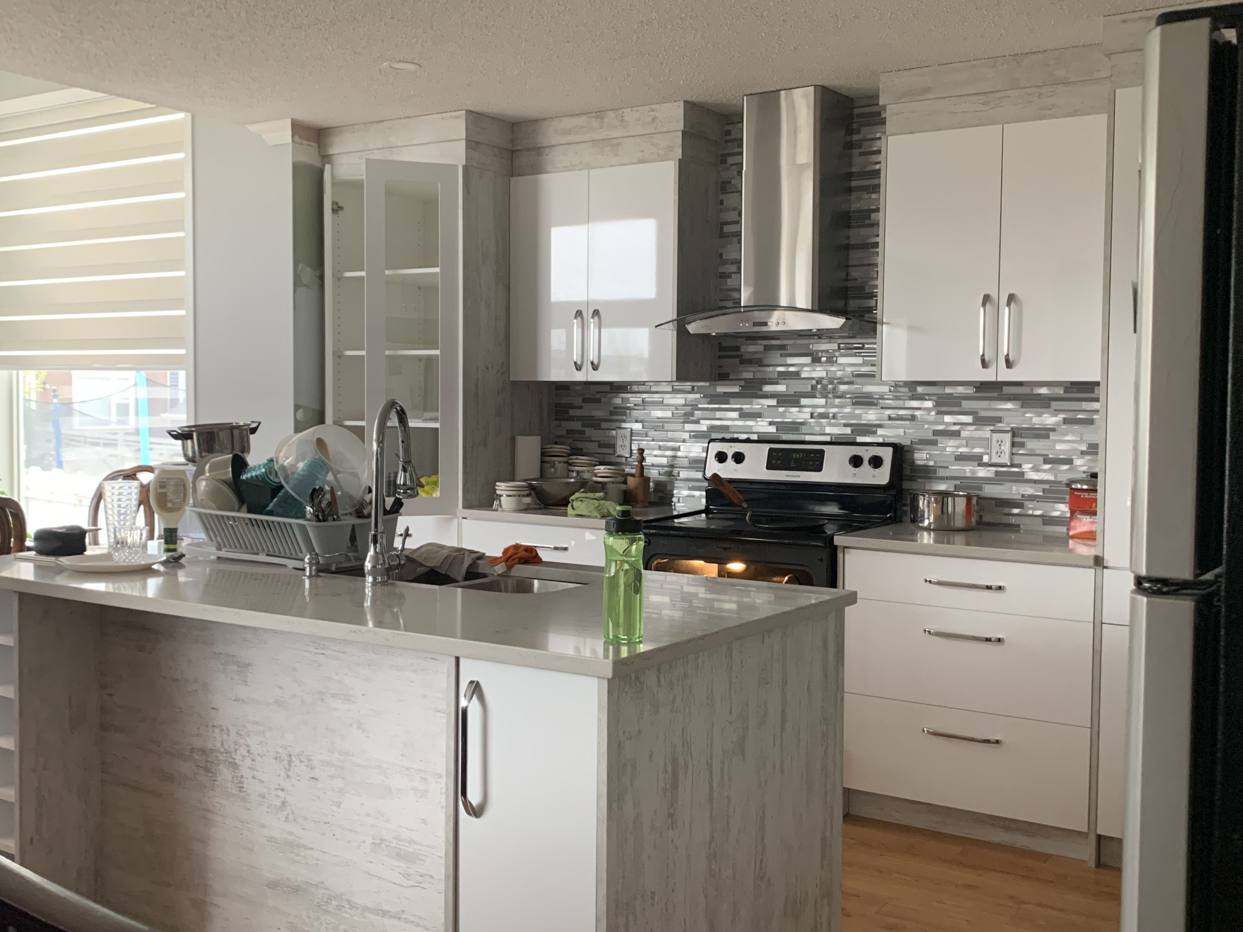 Kitchen Renovations In Calgary In 2020 Kitchen Renovation Kitchen Craft Cabinets Quality Kitchen Cabinets