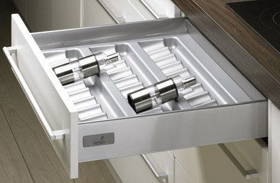 Hettich 9061552 Vlozka Na Korenky 297 347 441 520 Mm Stribrna Kitchen Cabinet Makers Kitchen Drawer Inserts Resurfacing Kitchen Cabinets