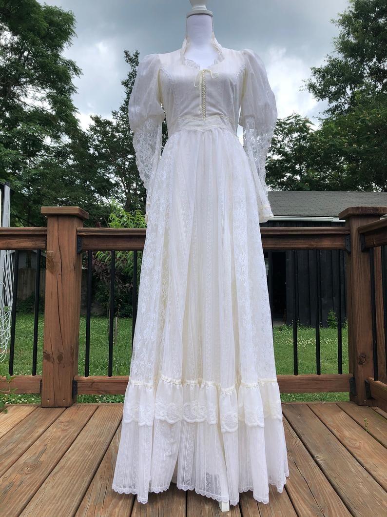 Exquisite 70 S White Lace Gunne Sax Romantic Renaissance Etsy Fairytale Dress Pretty Dresses White Lace [ 1059 x 794 Pixel ]