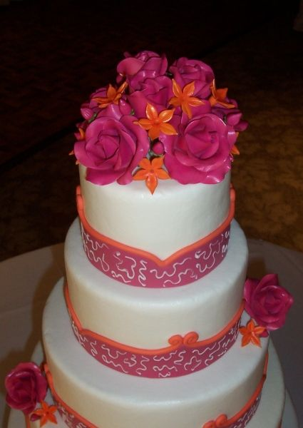 Pink And Orange Wedding Cakes OMG THESE ARE THE COLORS I LOVE TOO