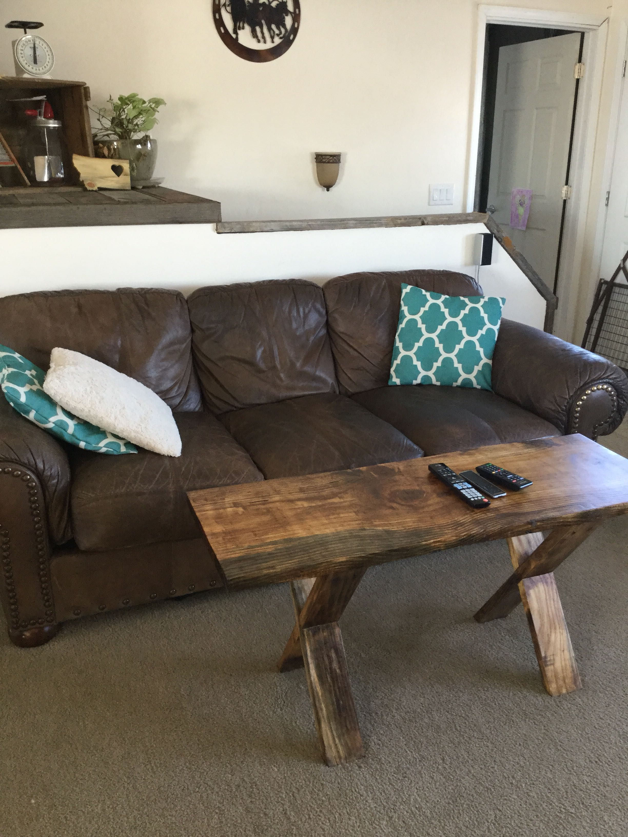 Simple coffee table tv table QuickCrafter