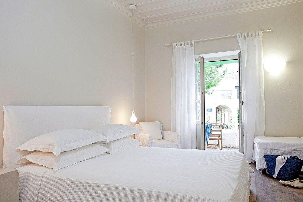 Miltäs tuntuisi lomailla vitivalkoisessa hotellihuoneessa?  #Samos #doryssa_seaside #white  http://www.finnmatkat.fi/Lomakohde/Kreikka/Samos/Pythagorion/Doryssa-Seaside-Resort/?season=kesa-2014