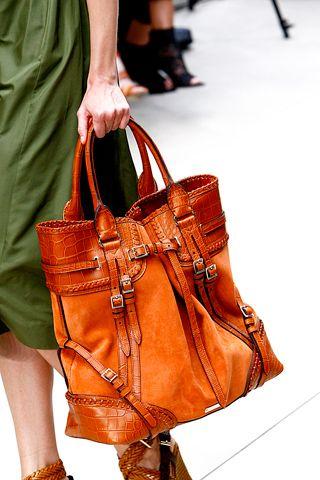That BAG!!!  (Burberry)