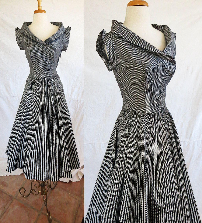 Vintage s short sleeve dress love that neckline uus and