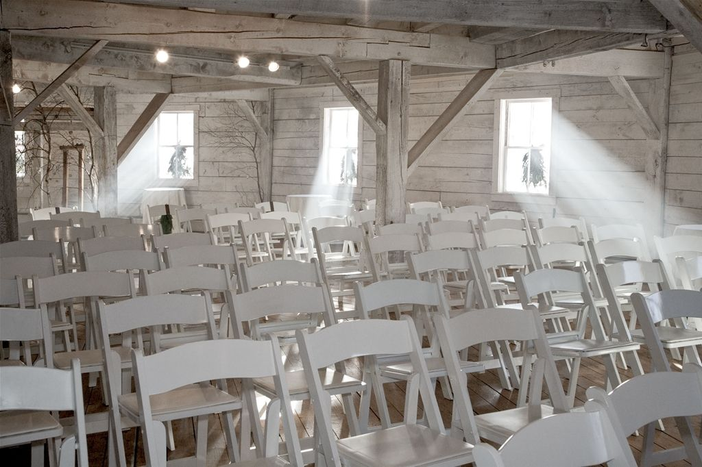 Inn At The Round Barn Accommodating Your Vermont Wedding Reception