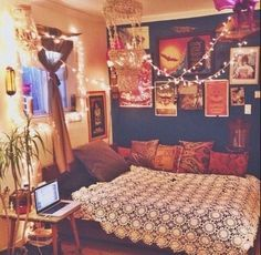 Good I Love The Colours In This Room, And The Lighting Is So Whimsical. Home  Decor Hippie Vintage Bedroom Boho Indie Bed Retro Bohemian Interior  Interior Design ...