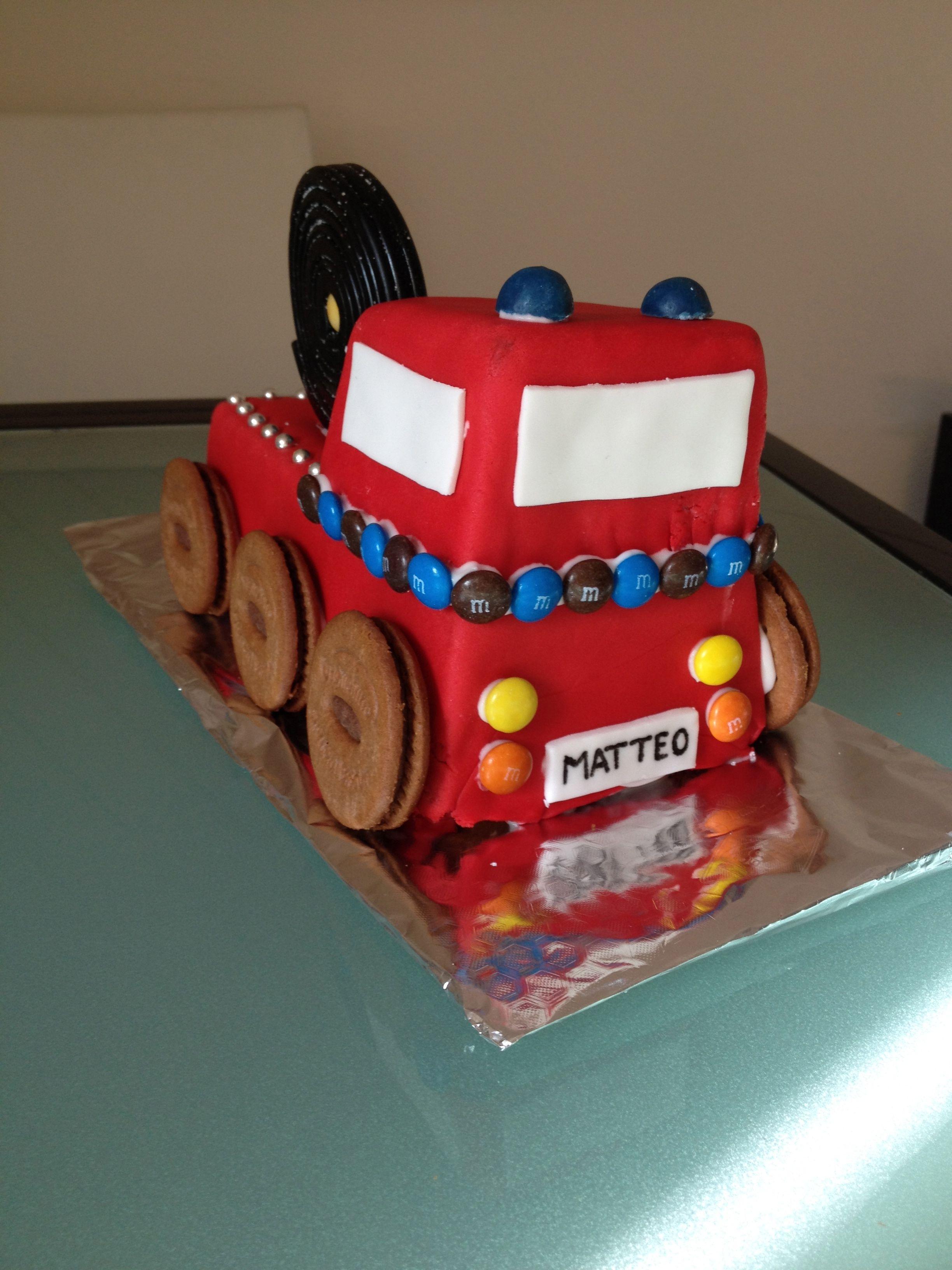 Feuerwehrauto-Geburtstagskuchen made by me