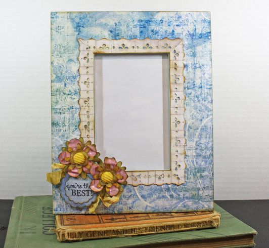 Tammy Tutterow Tutorial: re-covered photo frames.