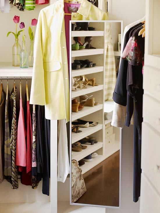 Must Know Storage Tips For Walk In Closets Walk In Closet Design Walk In Closet Closet Designs