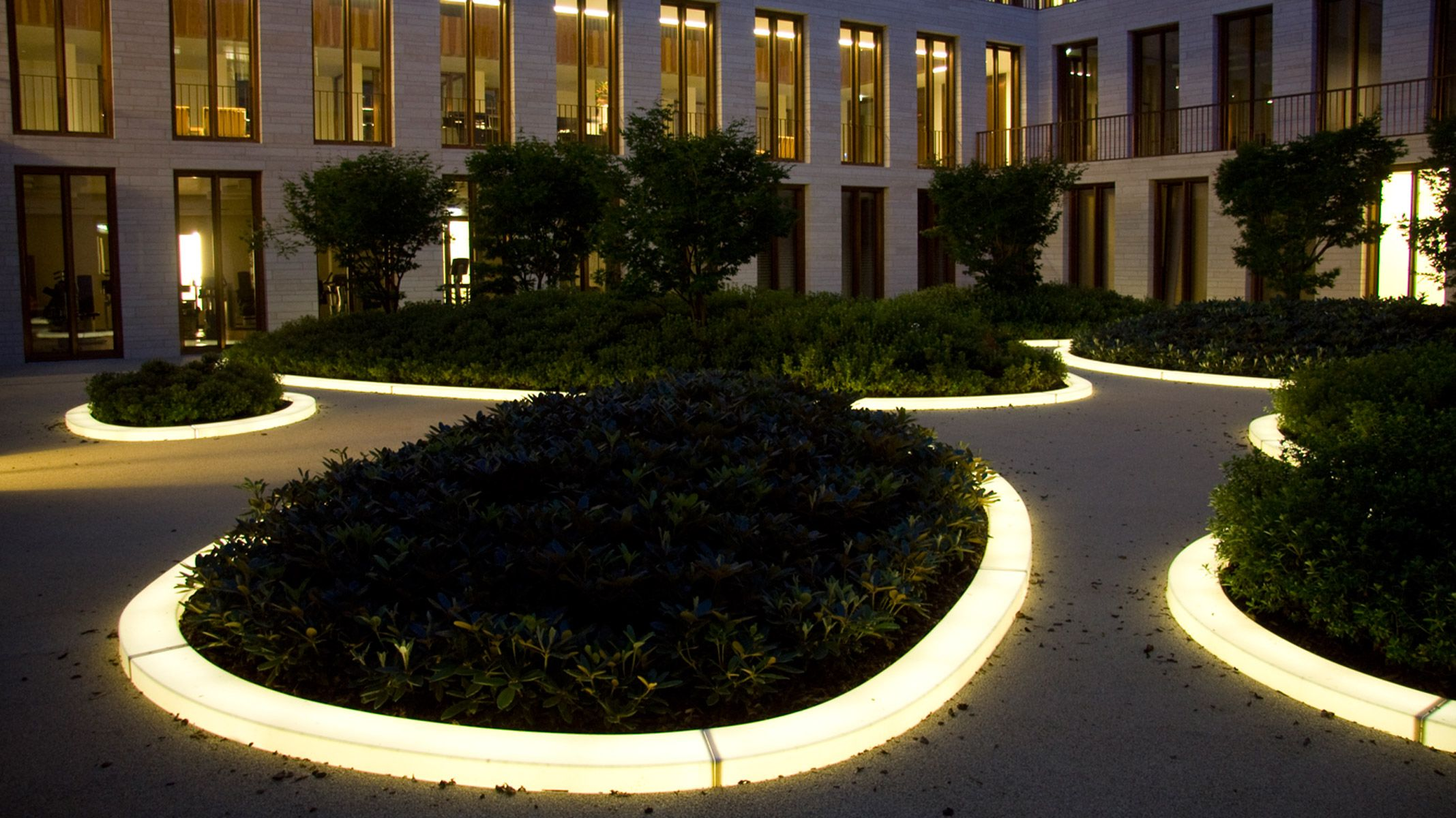 KARLSRUHE / Patio LBank Patio, Karlsruhe, Structures