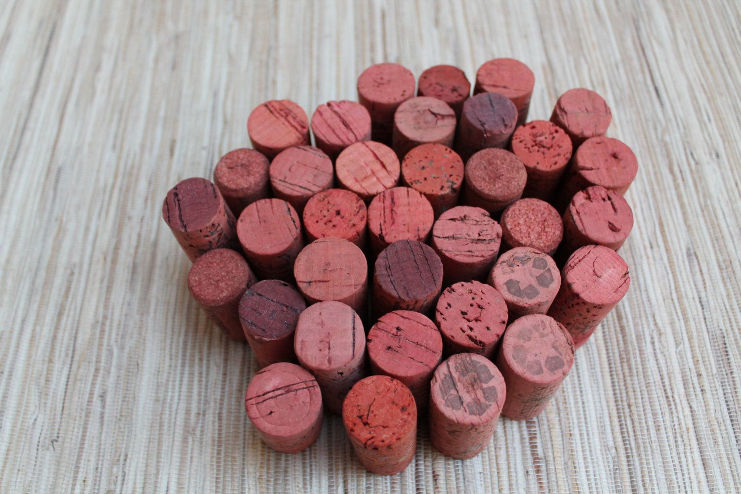 Craft Wine Corks Coral Colored Corks For Crafting Upcycle Craft Diy Wine Corks Supply 9 00 Via Etsy Eco Crafts Diy Wine Crafts