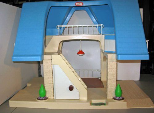 Vintage Little Tikes Dollhouse With Blue Roof I Wanted This Doll