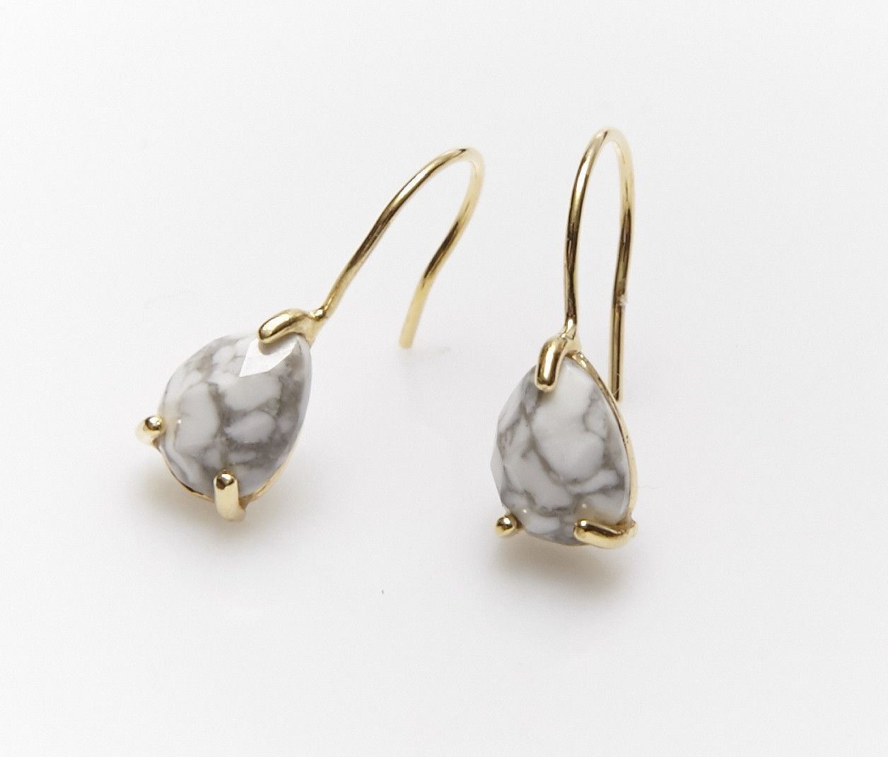 Sarska Earrings by Nakamol