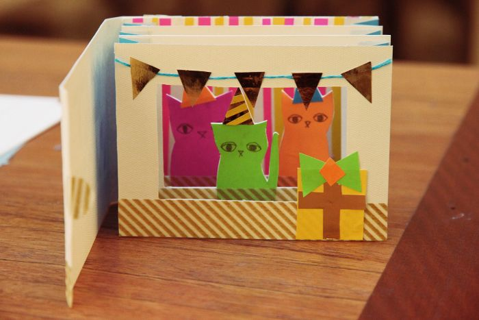 Tunnel Bambini ~ Cat tunnel book by kitiya palaskas this could be a really fun