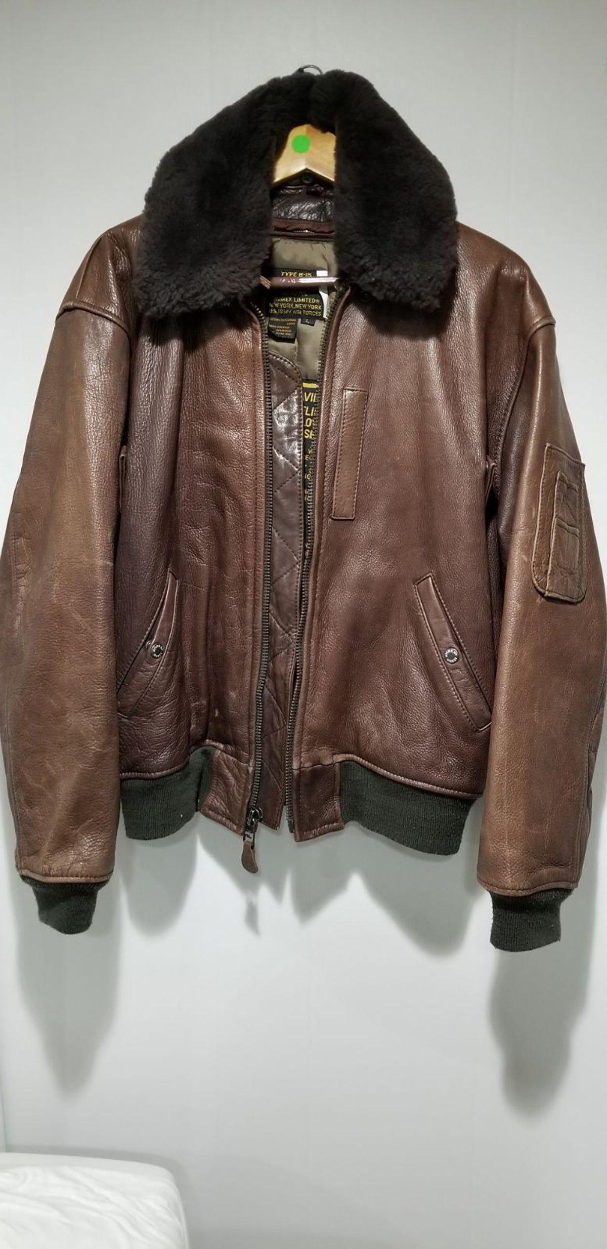 70 S Avirex Leather B 15 Bomber Jacket Bomber Jacket Jackets Leather Jacket [ 2468 x 1200 Pixel ]