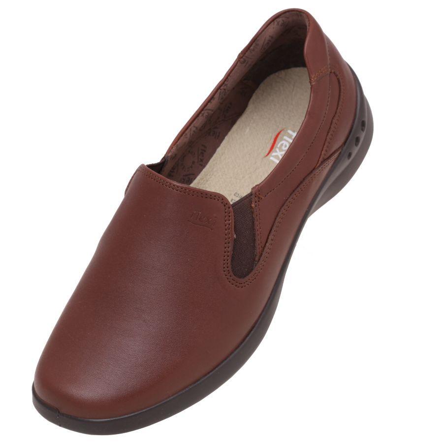 4693b1e7783  Zapatos  Flexi para  Mujer en color  café con doble plantilla para un  mayor confort en la parte interna del calzado. Una suela ligera que  amortigua el ...