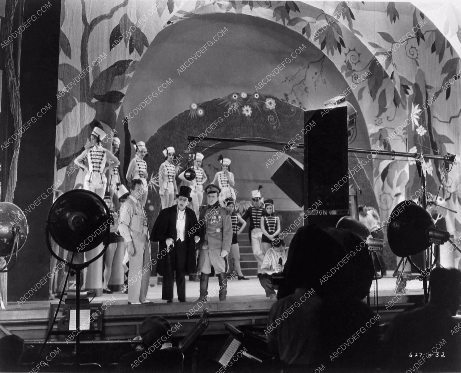 Photo Sidney Toler Buster Keaton Jimmy Durante Behind Scenes Speak - 14 behind scenes photographs