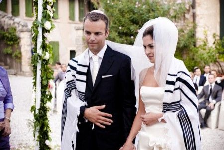 Happy Passover A Jewish Wedding Theme Da Weddings Blog Wedding