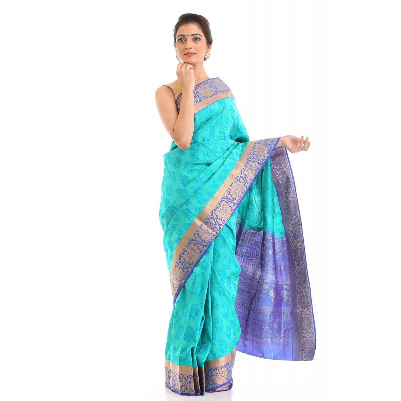 Wear this dazzling embossed handloom silk saree in sky blue to carry an air of natural beauty. Neatly done border enhances the glamour of the polished fabric. Product Code :- ZV-257 Sky Blue Handloom Soft Silk Embossed Saree Our Website :- www.zarivastram.com , http://bit.ly/2c9p9Fh #zarivastram #style #indianbride #sarees #salwarkameez #designer #indianfashion #designerwear #exclusive #saree #desifashion #anarkali #traditional #womenwear