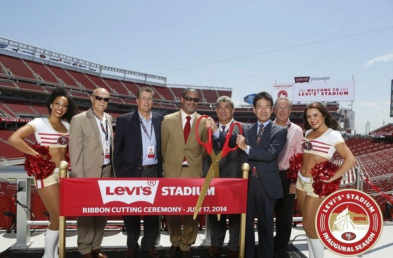 For a top notch fan experience, #SonyProUSA outfitted the San Francisco 49ers new home, Levi's Stadium with a complete HD and 4K video production system.  #ComeToPlay