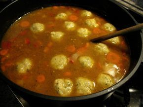 Photo of A hearty winter stew with minced meat and bread dumplings …