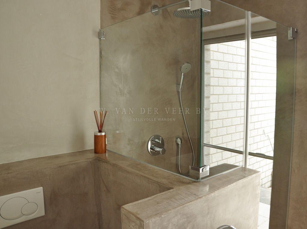 Tadelakt badkamer of met beton cire de tegels wegwerken dit is n