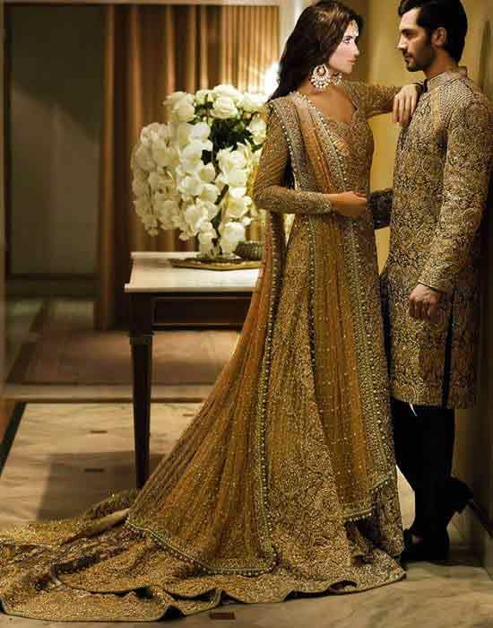 Pakistani,bride,groom,dresses,combination,13