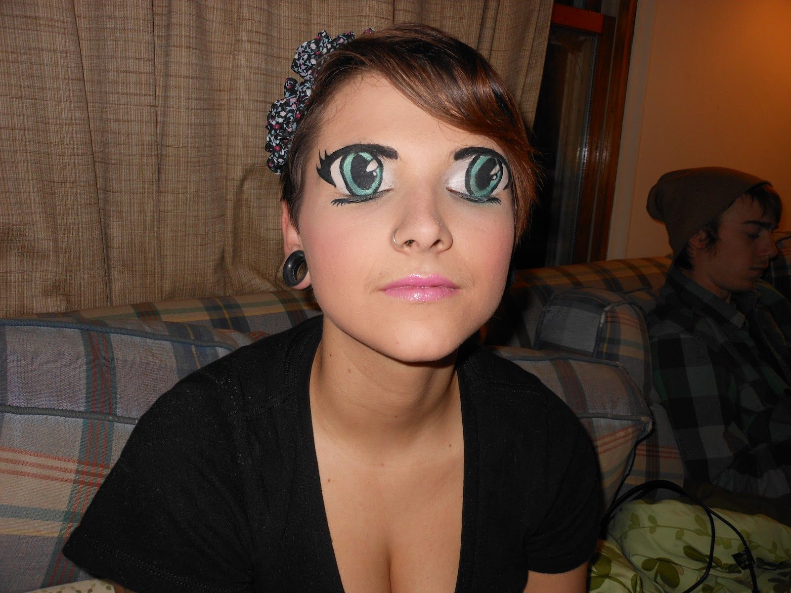 Big eyes makeup