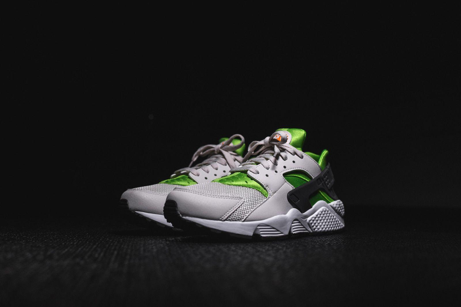 0a808a42f57 Nike Air Huarache Run - Action Green   Sneaker Freaker   Nike air ...