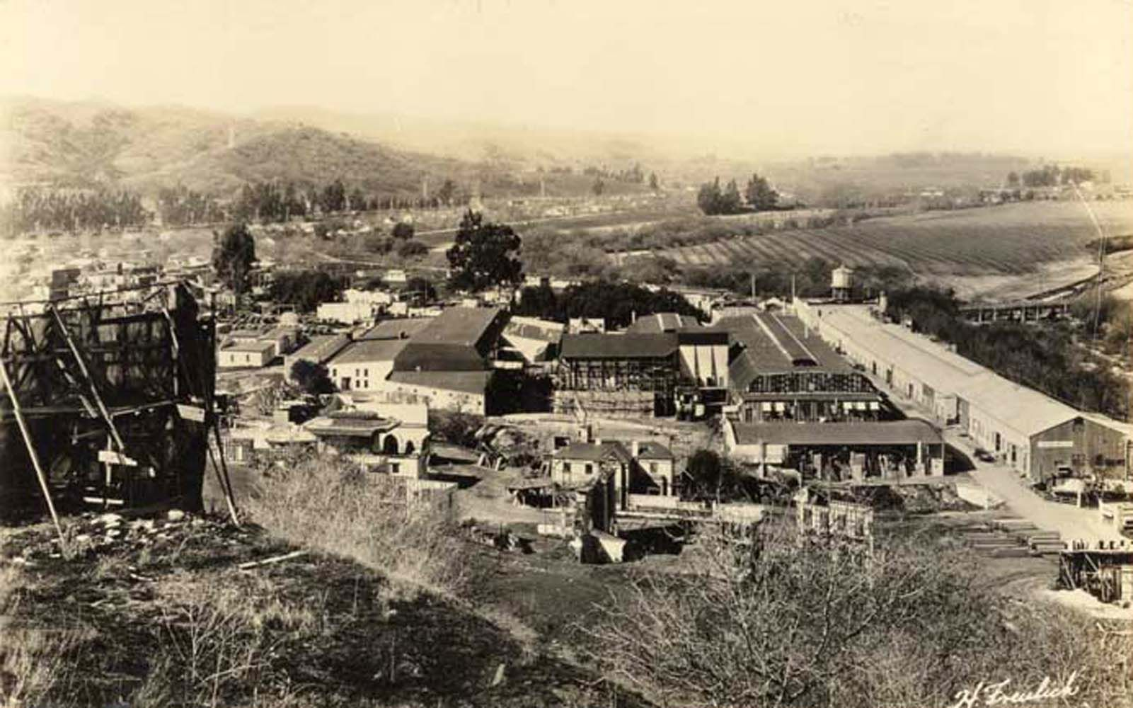 Universal City's backlot between 1915-1920. (Calfornia State Library) Bizarre Los Angeles