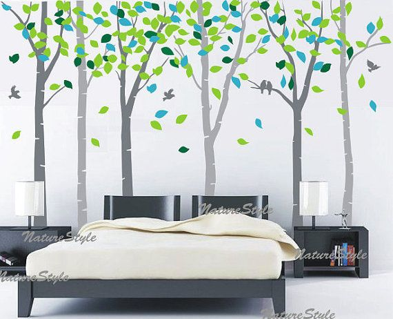 Nice way to incorporate the bright green without going wild.  Would look great opposite the cobalt leaf prints on another wall.