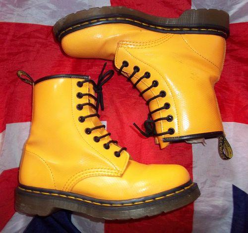modisches und attraktives Paket Sonderangebot online zum Verkauf Yellow Doc Martens   eBay UK - #yellow - ☮k☮   yElLoW ...