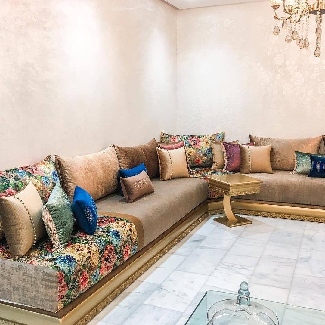 تنفيد جميع اعمال الديكور من مفروشات و جبس صبغ صالونات ديكورات 0568668578 تعليقلتكم تهمنا و تحفزنا للمزي Moroccan Living Room Moroccan Room Drawing Room Decor