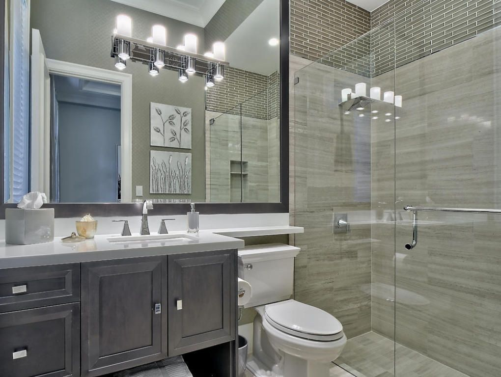 Contemporary 3 4 Bathroom With Ms International Porcelain Eramosa Silver Crown Molding Frameless