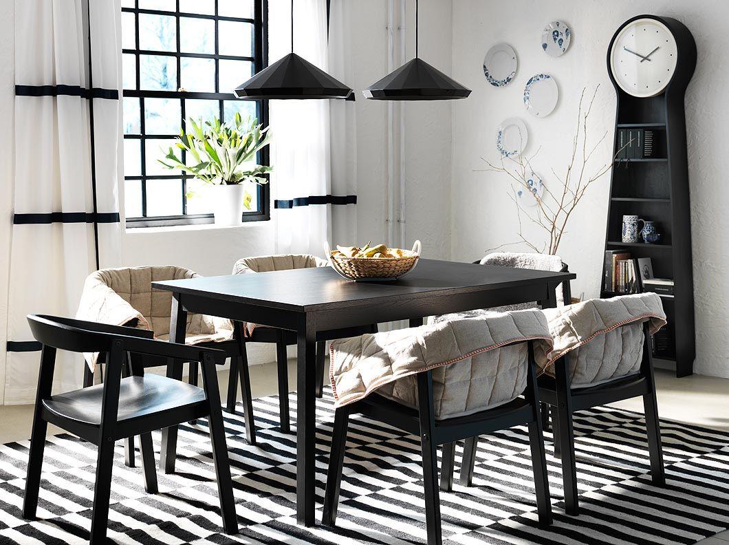 Eetkamer inspiratie zwarte tranetorp uittrekbare tafel for Uittrekbare tafel