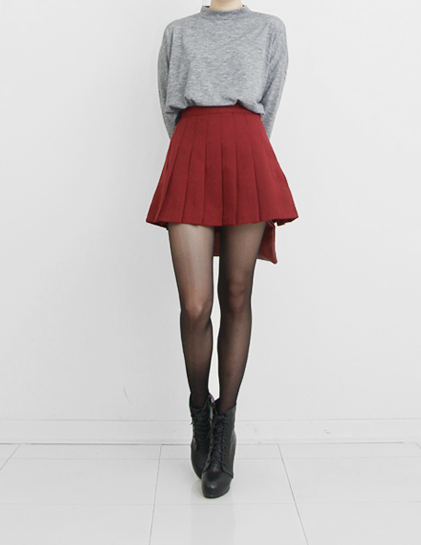 Yet Im Still Here — trxnh: Red Pleated Mini Skirt | to wear ...