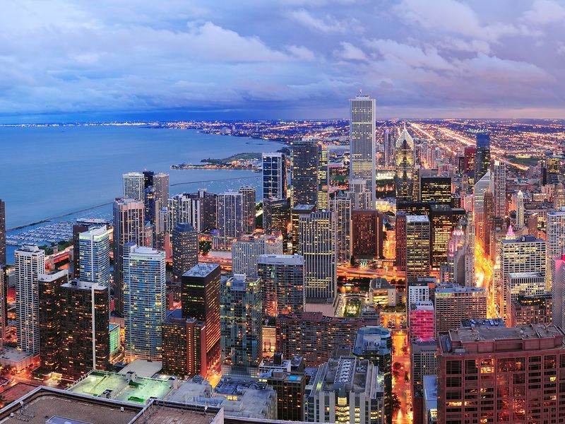 Search 28 Hotels Near Grant Park Chicago Kayak Searches Hundreds Of Travel Sites To Help You Find And Book The Hotel That Suits Best