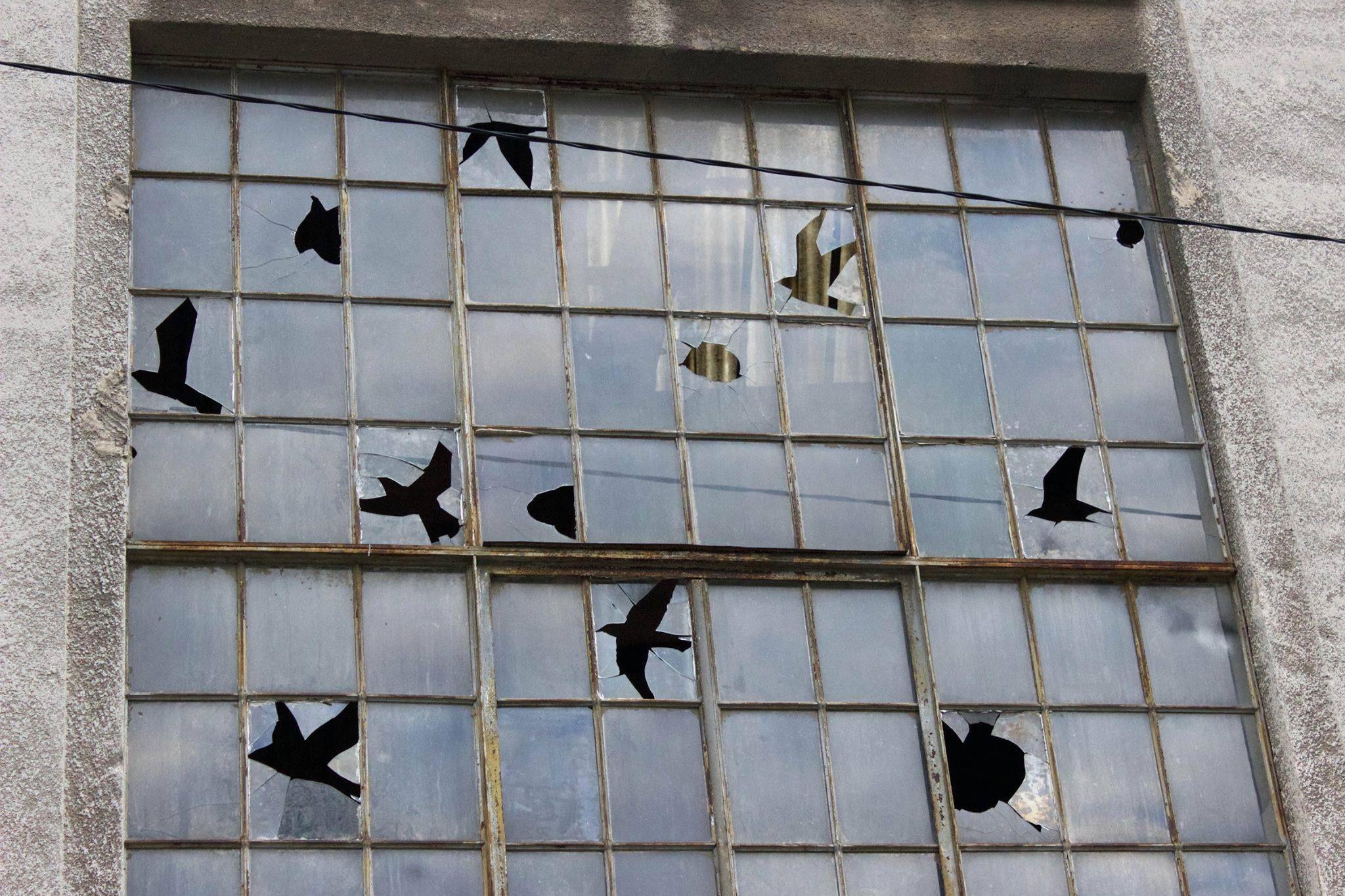 """Camouflage"" - By Pejac in Croatia, Rijeka. Tribute to René Magritte. Photo by Sasha Bogojev."