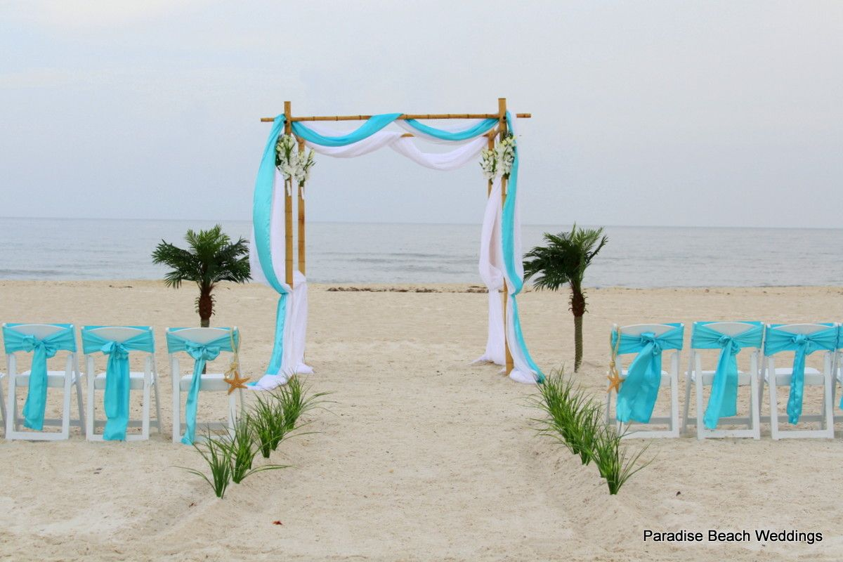 The Color That Pops I Love It This Would Be A Good Idea Of Small Beach Weddingssimple