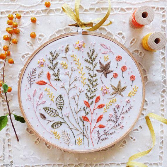 Broderie à la main moderne, Astureusement créatif, kit de broderie-feuilles d'automne-décoration murale, broderie à la main, kit de bricolage