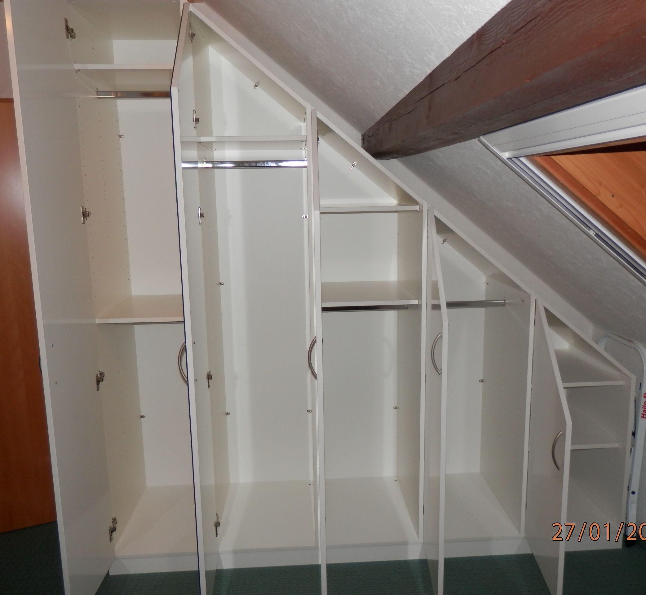 kast met schuine wand links inbouwkast zolder schuine. Black Bedroom Furniture Sets. Home Design Ideas