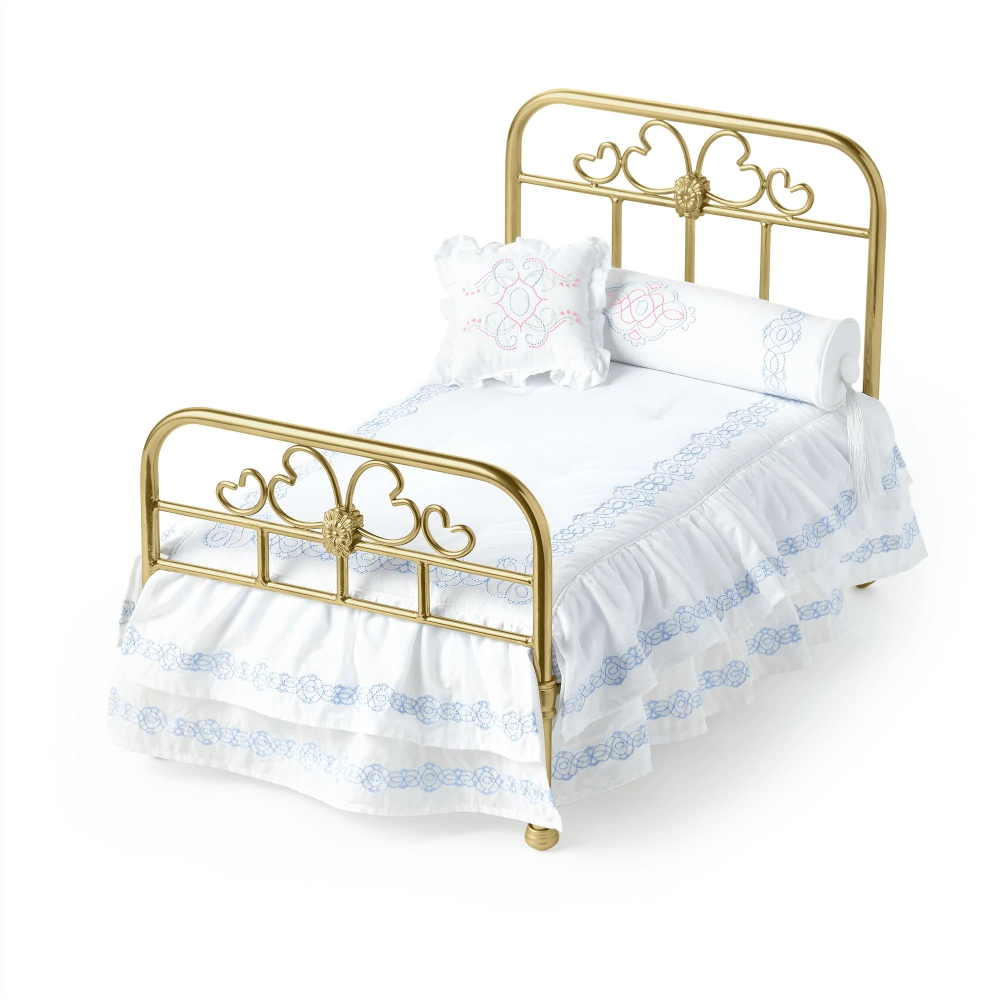 Rebecca S Bed And Bedding Iii Was Introduced To Rebecca S Collection In 2019 Retail Cost Is 150 See Also Re In 2020 American Girl Doll Bed White Bedspreads Doll Home