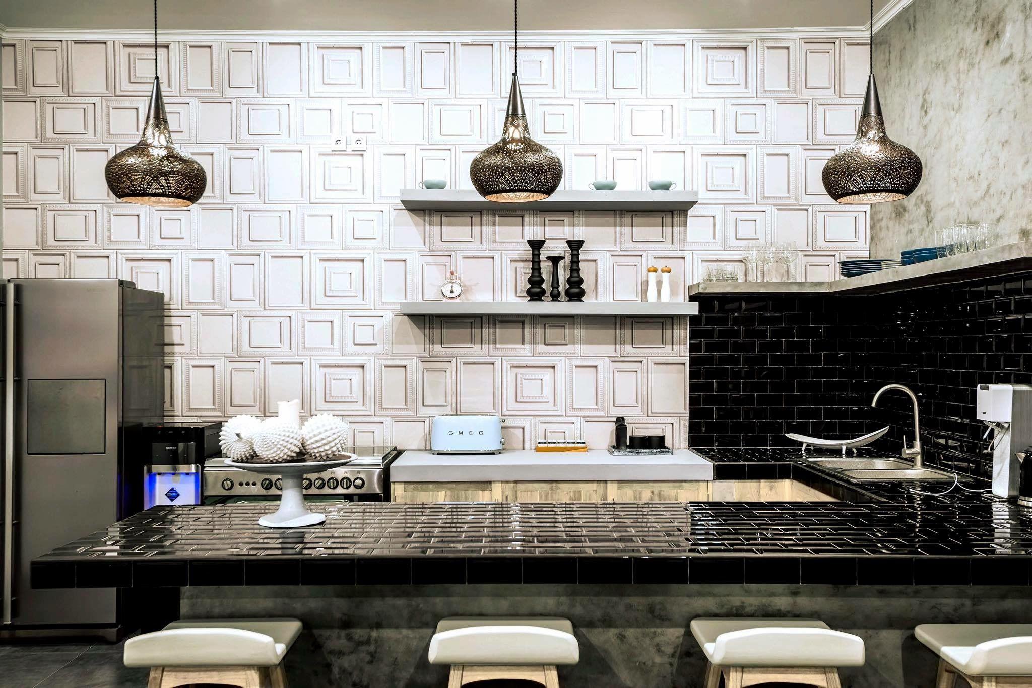 Hummingbird Home Decor Bali   Wallpaper For Villa On Petitenget, Seminyak