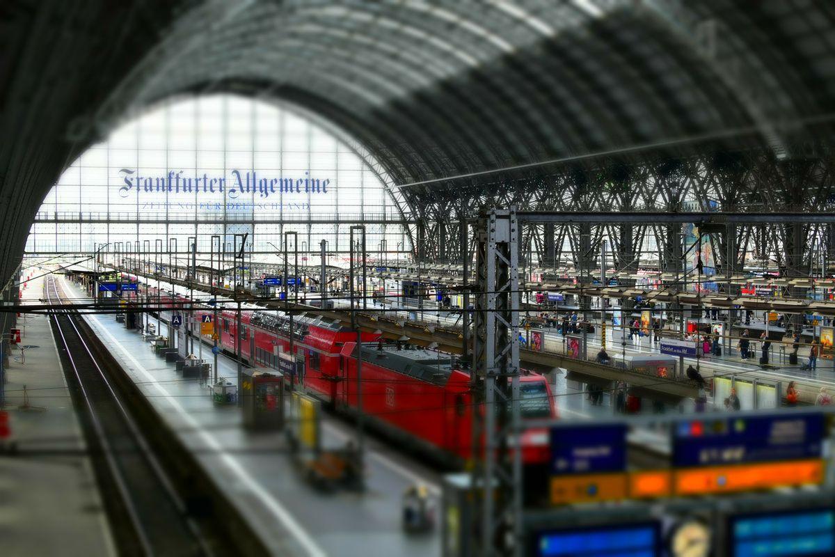 Miniature Faking of Frankfurt am Main Central Station