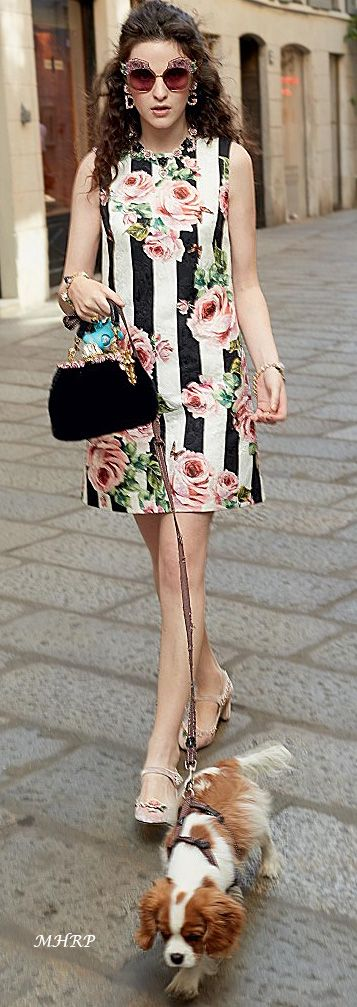 The Style Of Dress Is Only Made Even Cooler By Pattern Put Onto It And Cut Combined Make One Great Piece For Me