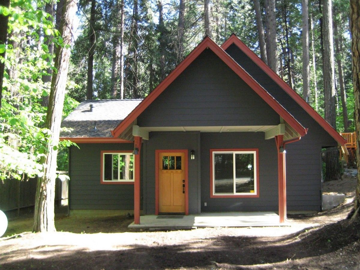 Chocolate Brown Exterior House Paint Ward Log Home With What Color Should I  Paint My House