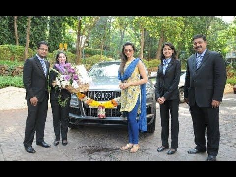 Deepika Padukone Happy Life With Her Family House And Cars Happy Life Family House Life