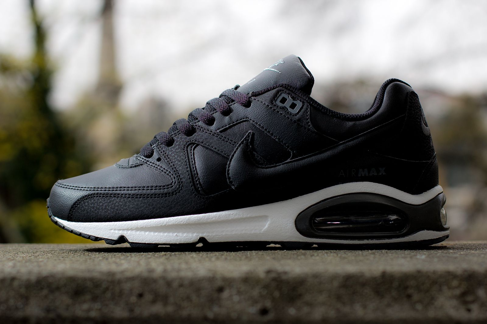 air max command black