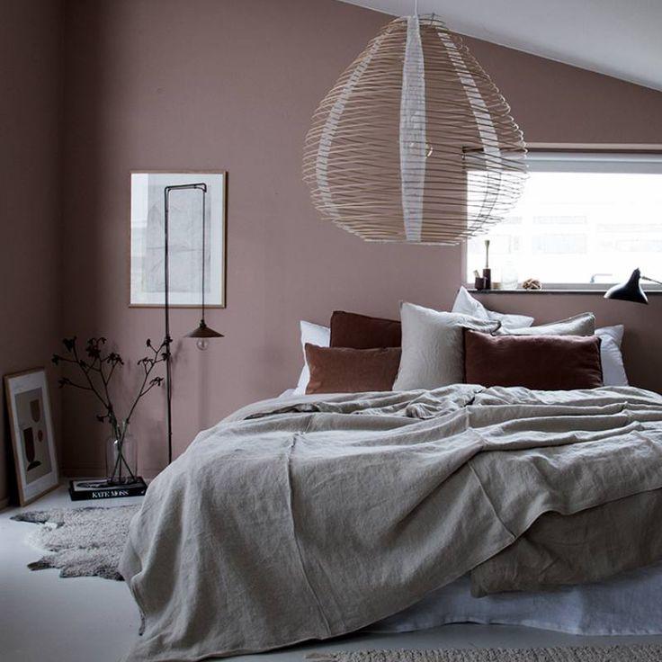 room redo get the look elegant blush pink bedroom in 2019 minimalist bedroom bedroom decor on grey and light pink bedroom decorating ideas id=78924